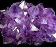 ametiszt kristalygyogyitas.hu