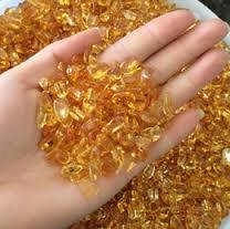 Az apró kristályok is magukban hordozzák az egész tulajdonságát!