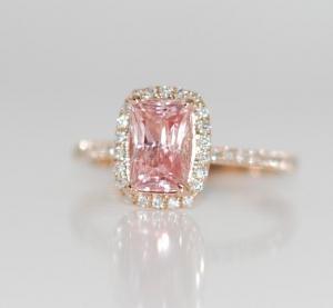 rózsaszín zafír